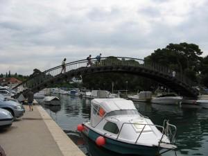 Most do historické části Trogiru