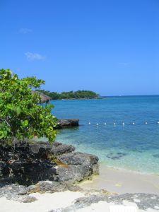Nádherné pláže na Jamajce s bílým pískem